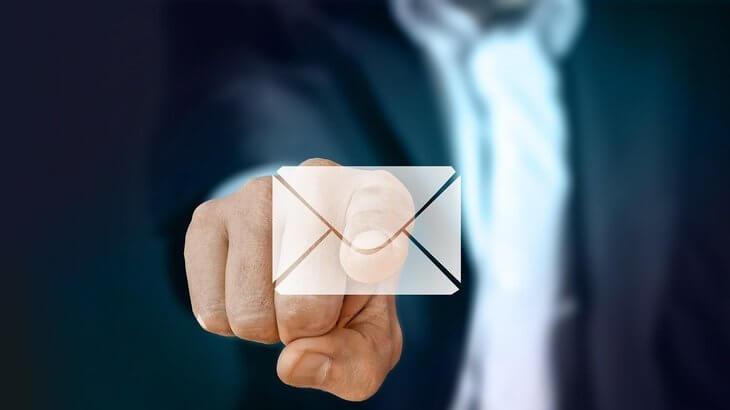 社内向け、社外向け、退職挨拶メールの注意点