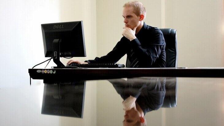 失業保険の申請方法