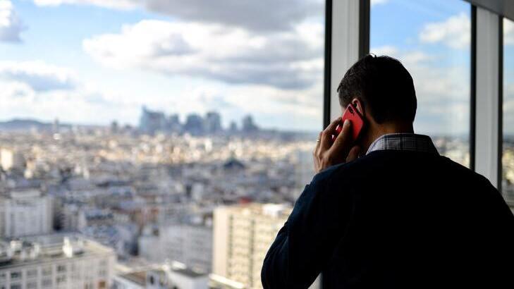 勤め先から電話やメールがきたらどうする。退職代行を依頼した時の対処法